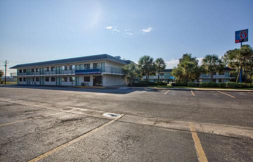 Motel 6 Valdosta University - Valdosta - Edifício