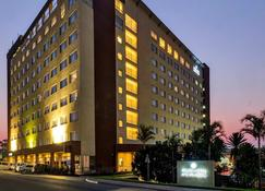 Protea Hotel by Marriott Lusaka Tower - Lusaka - Building