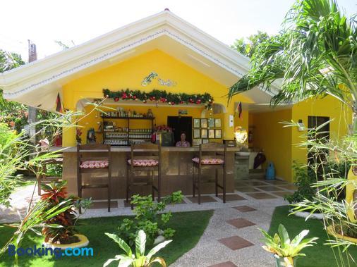Malapascua Garden Resort - Daanbantayan - Front desk
