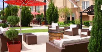 Residence Inn by Marriott San Antonio Airport/Alamo Heights - San Antonio - Hàng hiên