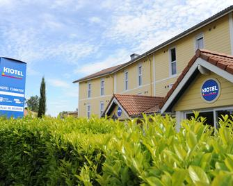 Hotel Kiotel Lyon Bron Eurexpo - Bron - Gebäude