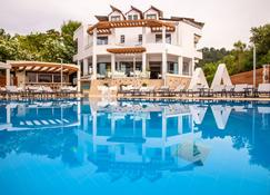 Poseidon Hotel - Patras - Pool