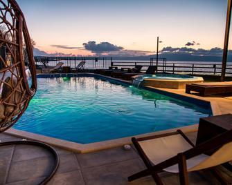 Elia Agia Marina Hotel - Agia Marina - Bazén
