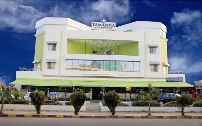 Executive Tamanna Hotel - Hinjewadi - Building