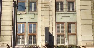 St. Clair Hotel Hostel - ונקובר - בניין