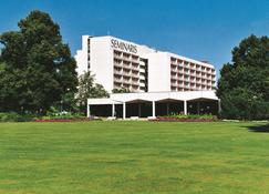 Seminaris Hotel Lüneburg - Lüneburg - Edificio