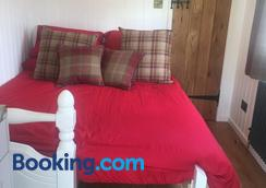 Orme View Lodges - Bangor - Bedroom