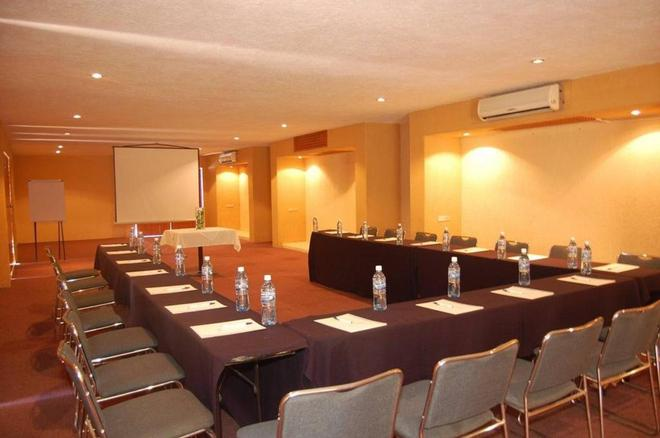 Los Patios Hotel - Cabo San Lucas - Meeting room