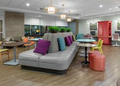 Home2 Suites by Hilton Fayetteville, NC - Fayetteville - Lobby