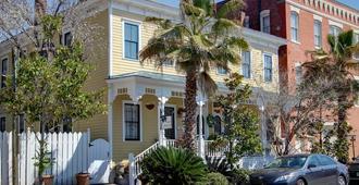 Green Palm Inn - Savannah - Edificio
