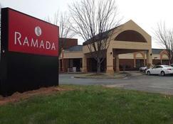 Ramada by Wyndham Gainesville - Gainesville - Building