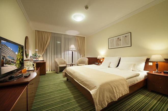 Apollo Hotel Bratislava - Bratislava - Camera da letto