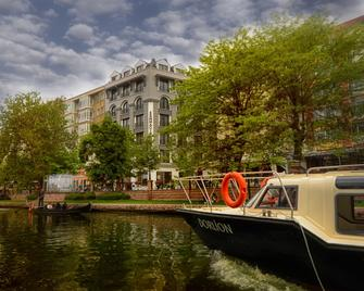 Sennacity Hotel - Ескішехір - Building