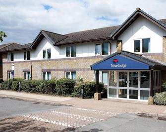 TL Bicester Cherwell Valley M40 - Bicester - Building