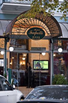 Frapolli Hotel - Odesa - Building