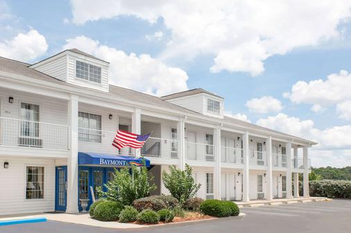 Baymont Inn And Suites Meridian - Meridian - Building