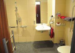 弗朗茨埃森酒店 - 埃森 - 埃森 - 浴室