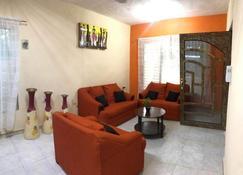 Casa Chichen Itza In Yucatan - Piste - Sala de estar