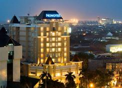 Novotel Semarang - Semarang - Bangunan