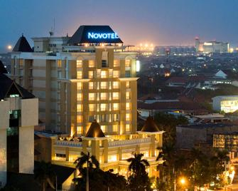 Novotel Semarang - Semarang - Building