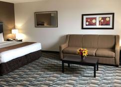 Quality Inn & Suites Denver International Airport - Denver - Bedroom