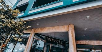 Win Hotel - Koh Samui - Building