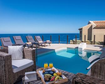 Sea Side Resort & Spa - Agia Pelagia - Bể bơi