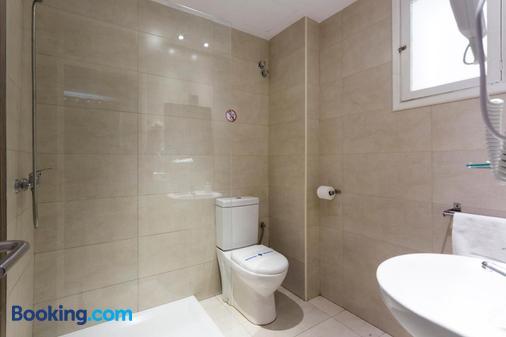 Hostal Bonany - Palma de Mallorca - Bathroom