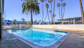 Motel 6 San Diego Airport Harbor - San Diego - Pool