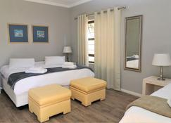 Tiende Laan Bed & Breakfast - Walvis Bay - Bedroom