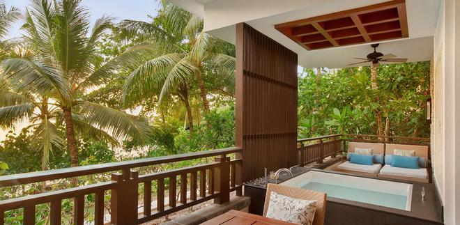 香格里拉長灘島度假酒店 - 長灘島 - 陽台