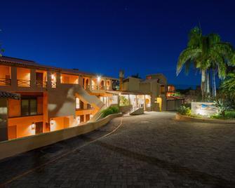 San Lameer Resort Hotel & Spa - Southbroom - Building