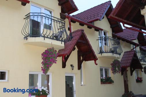 Pensiunea Magnolia - Sibiu - Building