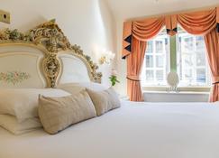 Santo's Higham Farm Hotel - Alfreton - Bedroom