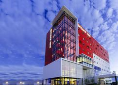 安可聖路易斯波托西華美達飯店 - 聖路易斯波托西 - 建築