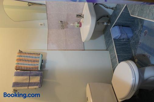 Guest House Crocus - Bishkek - Bathroom