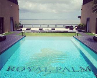 Royal Palm - Libreville - Pool