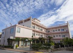 クラウンホテル - 沖縄市 - 建物