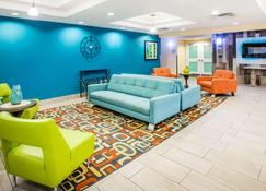 La Quinta Inn & Suites by Wyndham Rochester Mayo Clinic S - Rochester - Lobby