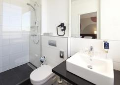 韋伯 - 魯特姆酒店 - 埃森 - 埃森 - 浴室