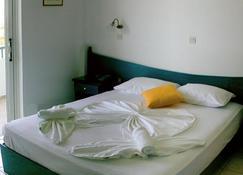 Zefiros Beach Hotel - Pythagorio - Habitación