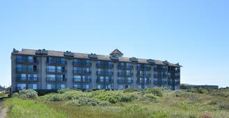 Best Western Lighthouse Suites Inn - Ocean Shores - Building