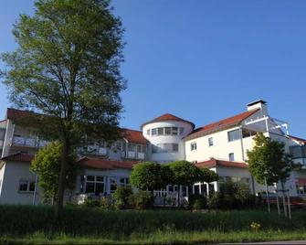 Hotel Landhaus Feckl - Ehningen - Building