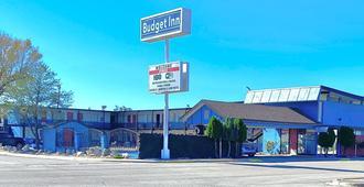 Budget Inn - Roswell - Building