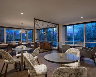 Auburn Hills Marriott Pontiac - Понтіак - Балкон