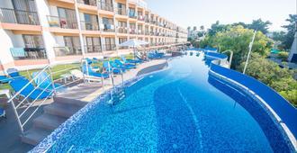 Avlida Hotel - Paphos - Bể bơi
