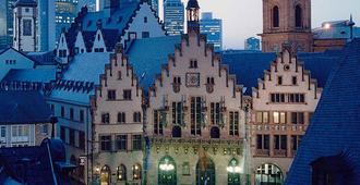 Mercure Hotel & Residenz Frankfurt Messe - Frankfurt - Näkymät ulkona