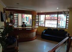 Hotel Heritage - Shillong - Front desk