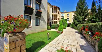 ホテル ドゥ セルヴ - サルラ・ラ・カネダ - 建物
