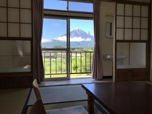 Fbh Fuji Backpackers Hostel - Fujikawaguchiko - Μπαλκόνι